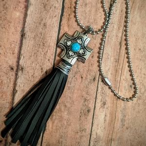 Nwt Handcrafted Boho Western Cross Tassel Necklace